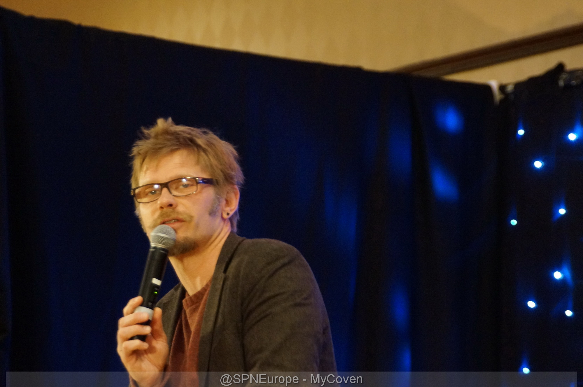 2014 Supernatural Convention – Asylum 12 Panel Pictures, Zombies vs ...