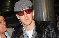 Benedict Cumberbatch on his way through LAX 11/07/2014