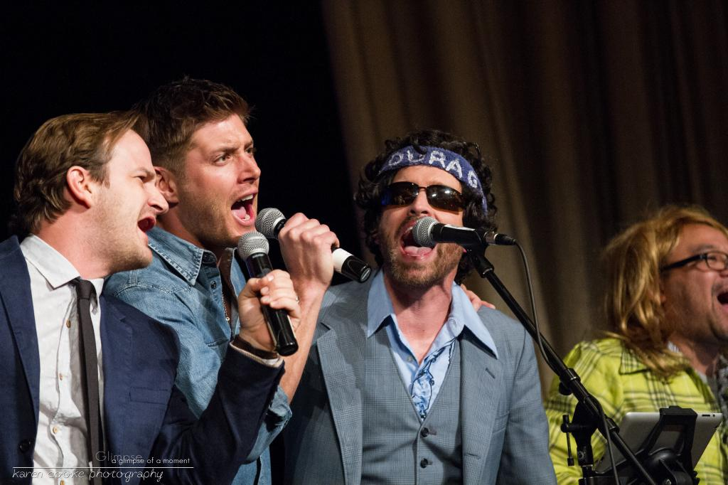 Salute to Supernatural Las Vegas 2013 J2 Stage and Lunch Panel Pictures