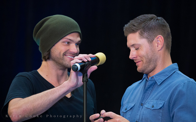 Supernatural VanCon 2014 - J2 Stage Panel HQ Video